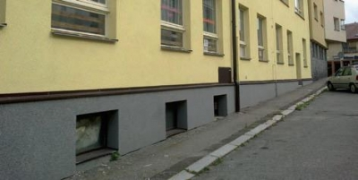Aplikácia penetrácie a fasády