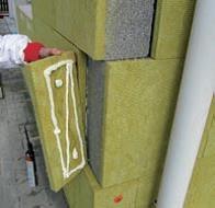 Detail väzby rohu budovy dodatočným zateplením TF Profi