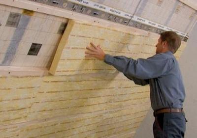 vkladanie tepelnej izolacie do konstrukcie