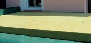 Položenie izolácie cultilene v zelenej streche