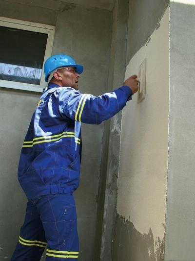 Povrchova uprava zatepleneho domu omietkou