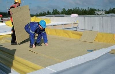 Postup vytvorenia ľahkej požiarne odolnej plochej strechy 10
