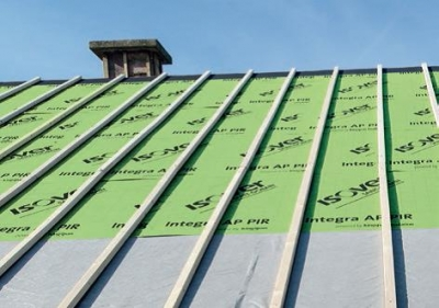 Izolovaná strecha pred položením krytiny