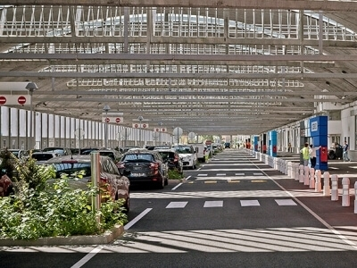Ploche strechy pre stresne parkoviska a heliporty