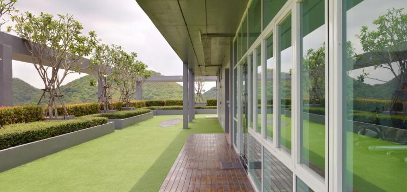 Pokoja a relax vdaka zelenej streche