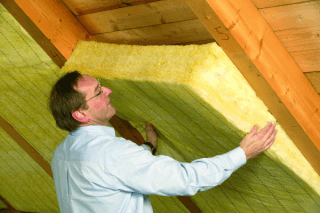 Izolacia sikmej strechy mineralnou vlnou
