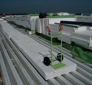 Izolacia pre vytvorenie lahkej protipoziarnej strechy