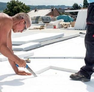 Postup vytvorenia ľahkej požiarne odolnej plochej strechy 14