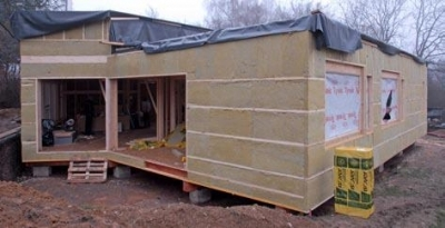 Difuzne uzavreta konstrukcia drevodomu s  klimamembranou ISOVER VARIO® KM DUPLEX.