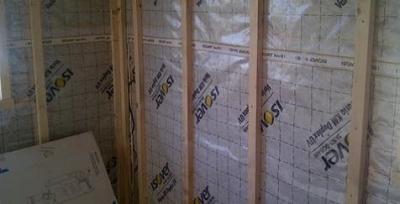 Difuzne uzavreta konstrukcia drevodomu s  parotesnou fólia ISOVER VARIO® KM DUPLEX