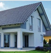 Zateplenie sikmej strechy sklenou vatou medzi a pod krokvami