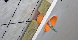 Umiestnenie parobrzdy v konštrukcii strechy